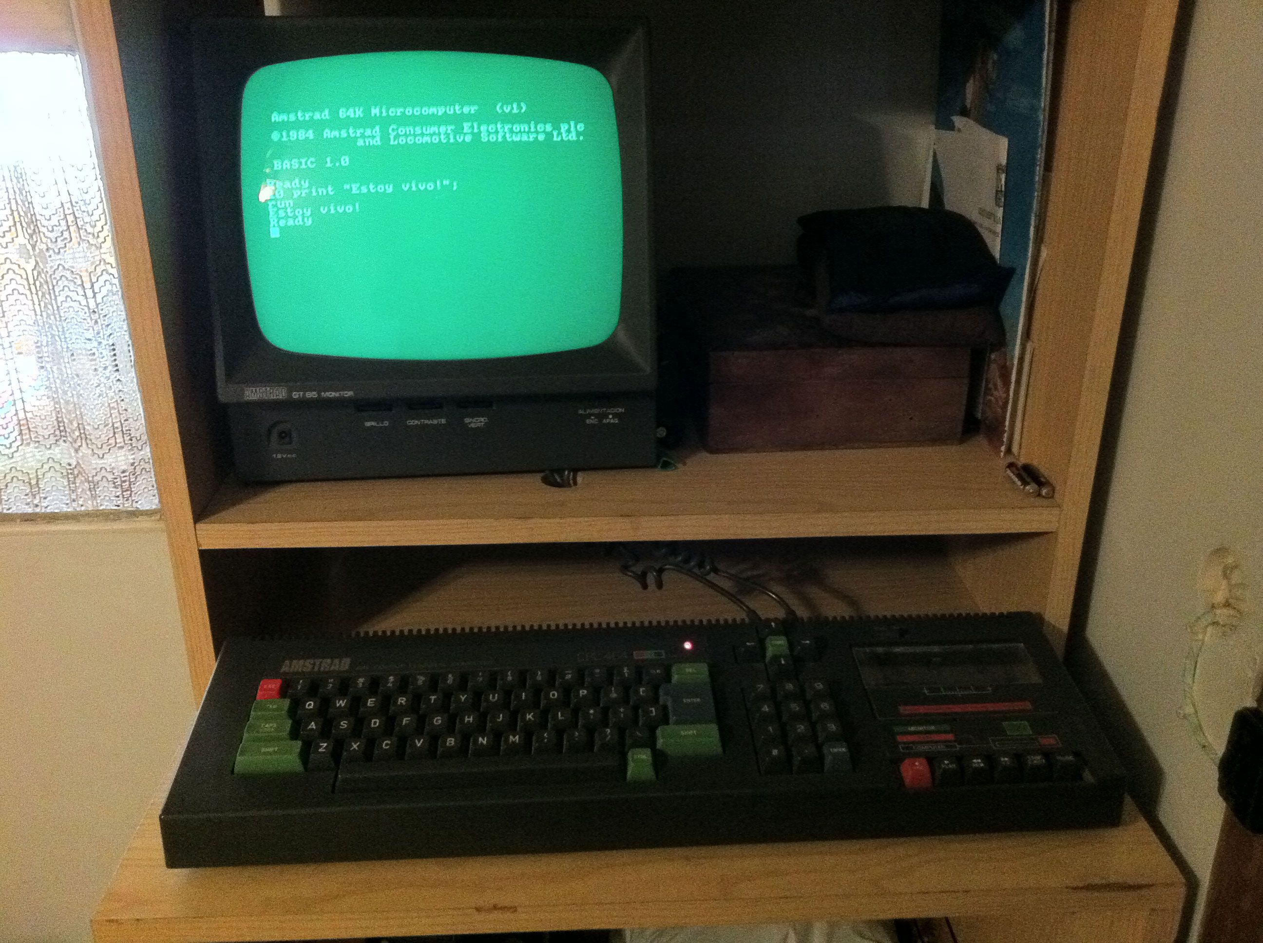 Mi Amstrad CPC 464, working like a charm.